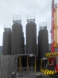 90,000 ltr fermentation vessels positioned on site at Montgomery Spring Water